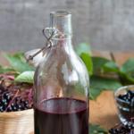 Let's Make an Elderberry Oxymel